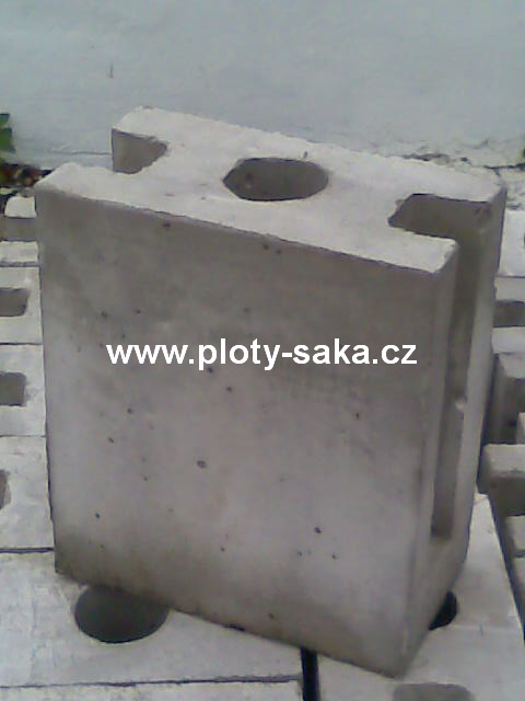 Podhrabová patka - betonová - průběžná 250 mm