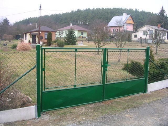 Brána OKO 1/3 plech, výška 200 cm, šířka 360 cm